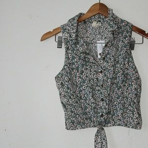 Tilly's floral button up shirt